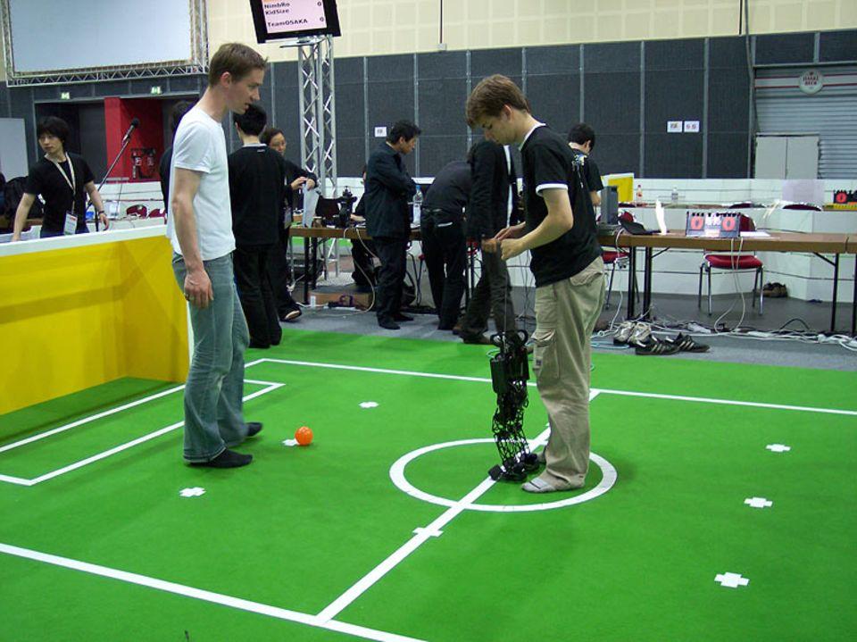 Die Roboter werden in Position gebracht ...
