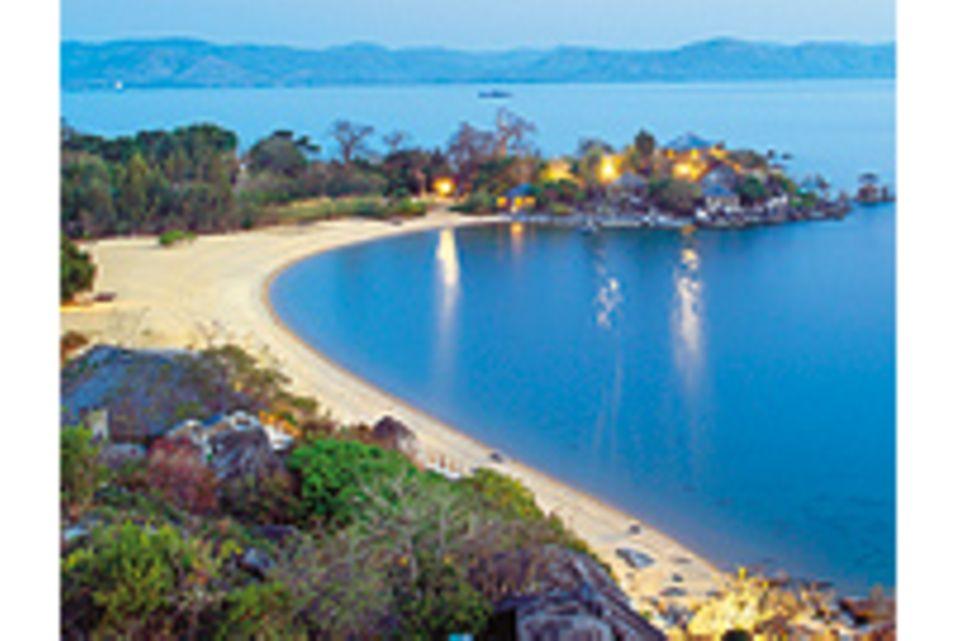 Ostafrikas Malawisee: Das geheimnisvolle Blau
