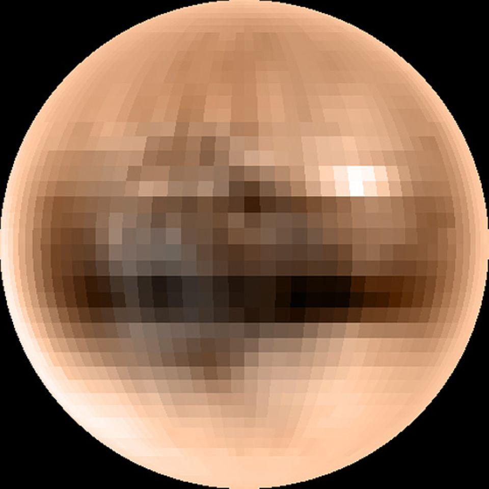 Der Pluto ist von der Erde so weit entfernt, dass es keine scharfen Bilder von ihm gibt. Das hier ist das beste, das wir zur Zeit haben. Forscher glauben übrigens, dass es auf dem Pluto ganz schön ungemütlich ist: Seine Oberfläche soll zu großen Teilen aus dem gefrorenen Gas Methan bestehen