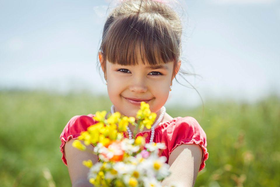 Wenn man etwas durch die Blume sagt, wird etwas freundlicher formuliert