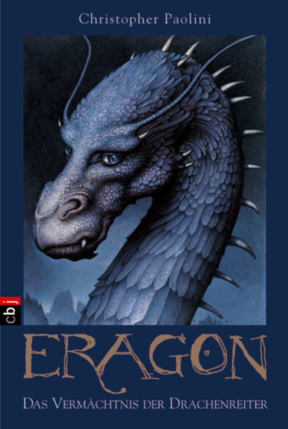 Christopher Paolini: Eragon - Das Vermächtnis der Drachenreiter. cbj, 608 Seiten, 19,90 Euro.