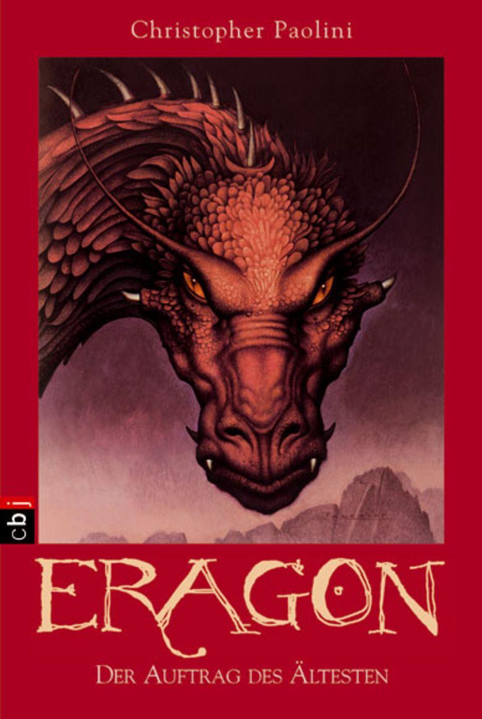 Christopher Paolini: Eragon - Der Auftrag des Ältesten. cbj, 800 Seiten, 19,90 Euro.