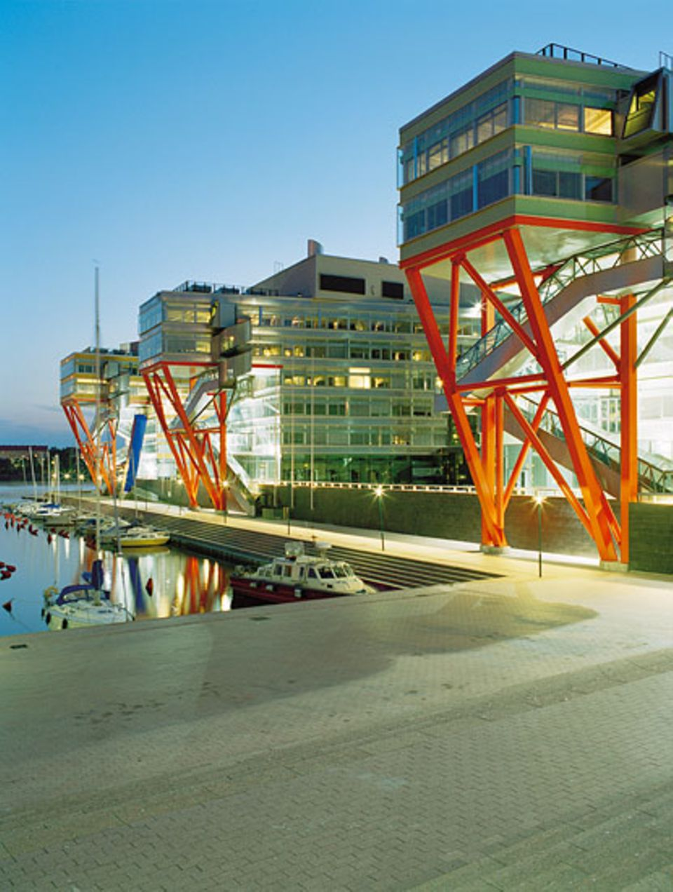 Außen und innen zukunftsweisend: Der spektakuläre Bau in Ruohalahti ist Sitz der Forschungseinrichtung HTC (High Tech Center)