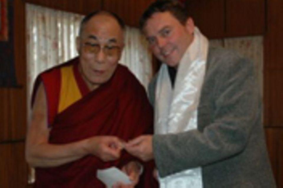 GEO EPOCHE Buddhismus: Zum Tee beim bekanntesten Mönch der Welt