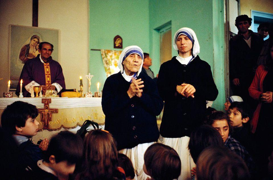 Weltreligionen: Mutter Theresa hat für ihre guten Taten sogar den Friedensnobelpreis bekommen