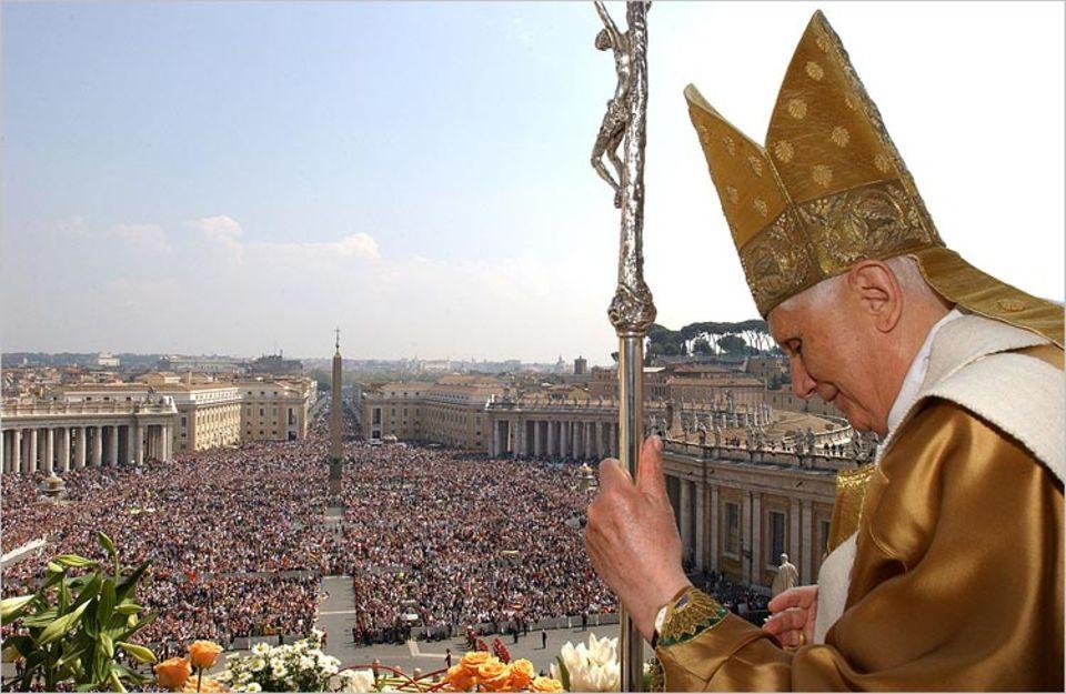 Weltreligionen: Der Papst ist das Oberhaupt des katholischen Teils der Kirche