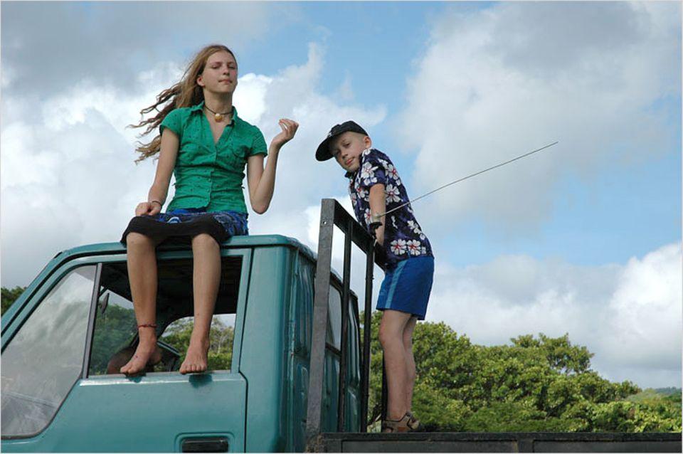 Luisa und Finn mit Südseewind im Haar