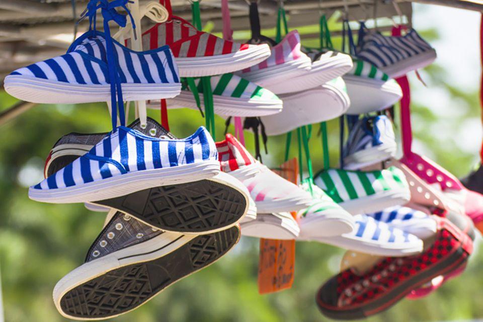 Redewendung: In die Schuhe schieben