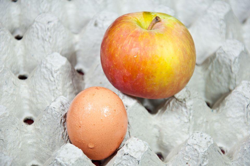 """Die Redensart """"Für 'n Appel und 'n Ei!"""" kommt aus dem Niederdeutschen"""