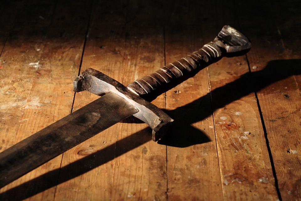 Redewendung: Das Damokles-Schwert ist Sinnbild für eine Bedrohung
