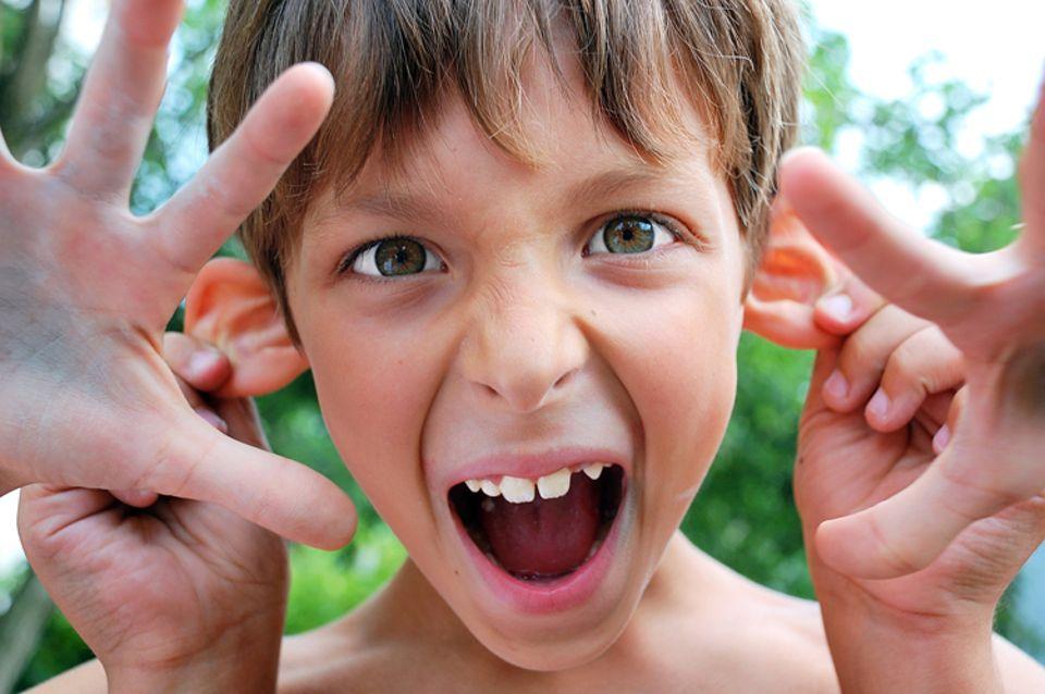 Redewendung: Freche Kinder tanzen den Erwachsenen beispielsweise gerne mal auf der Nase herum