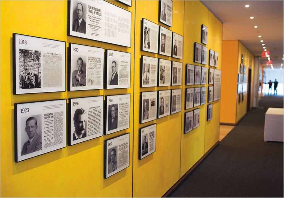 Die lange Galerie der Helden: 96 Pulitzer-Preise, die wichtigste Auszeichnung für US-Journalisten, haben Reporter und Fotografen der New York Times seit 1918 gewonnen - mehr als jede andere Zeitung