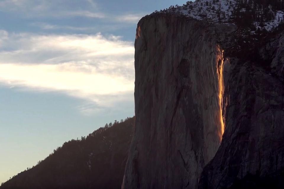 Firefall am El Capitan: Der glühende Wasserfall im Yosemite-Nationalpark