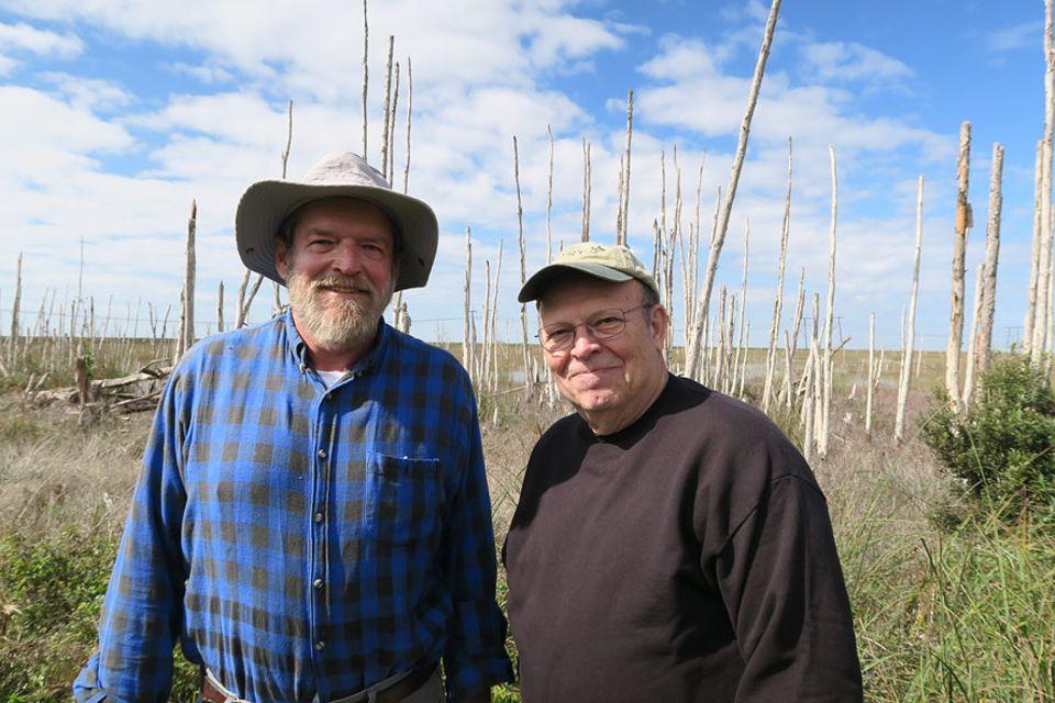 Der Anwalt David Guest (li.) und der Biologe Tom Crisman führen seit Jahren Prozesse gegen Unternehmen der Zuckerrohrindustrie, für deren Felder schon 800 Quadratkilometer der Everglades trocken gelegt wurden