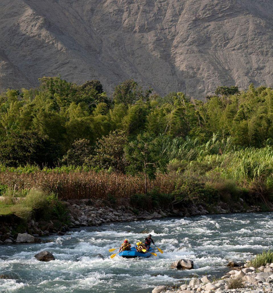 Abenteuerliche Reisetipps: Rund drei Stunden südlich von Lima liegt der Ort Lunahuana, ein kleines Rafting-Paradies