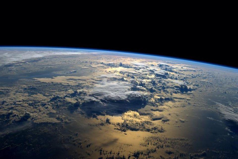 Klimawandel: Zerbrechliche Hülle: Die Erdatmosphäre, gesehen aus der Raumstation ISS