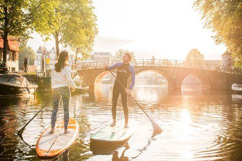 Stand up Paddling: Die schönsten Stadttouren auf Seen, Flüssen und Kanälen
