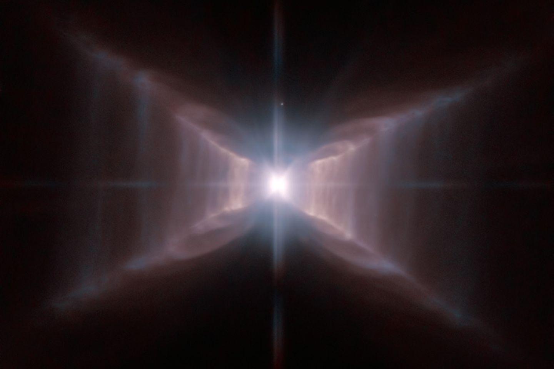 Der X-Stern: Ein seltsames Objekt in einem seltsamen Sternbild