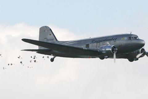 Rosinenbomber: Interview mit Pilot Gail Halvorsen