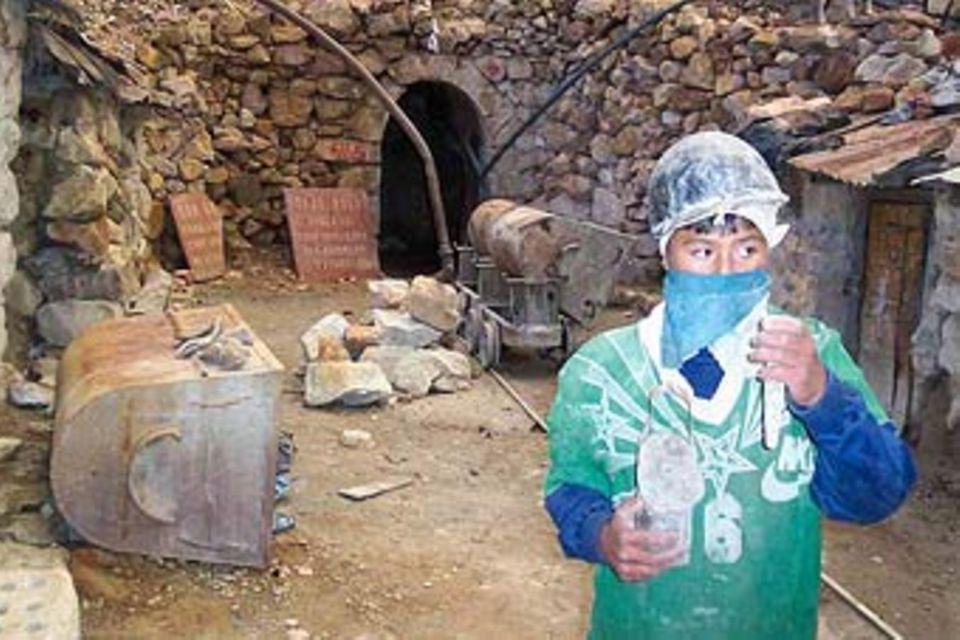 Bolivien: Kinderarbeit im Bergwerk