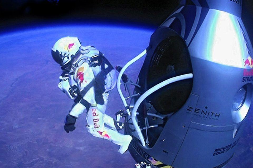 Rekordsprung: Rekordsprung vom Rande des Weltalls
