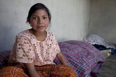 UNICEF-Fotoshow: Guatemala - Olga lebt am Abhang
