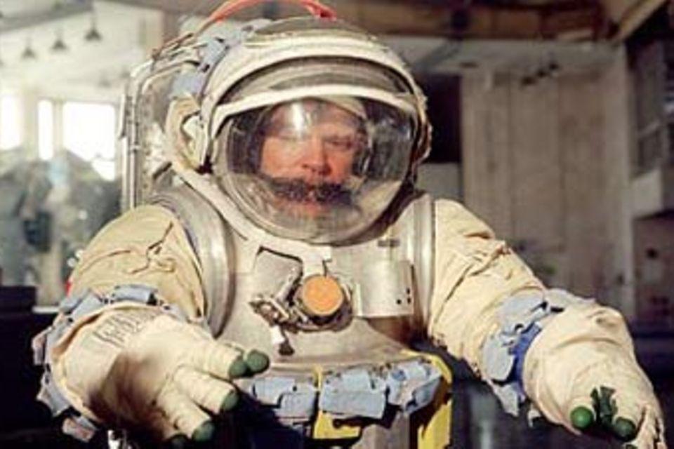 Astronaut Reinhold Ewald antwortet auf eure Fragen