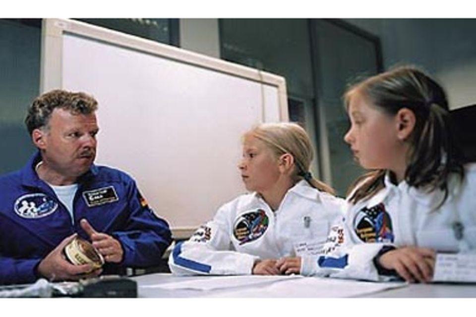 """Astronauten-Interview: """"Im All schläft man auch kopfüber."""""""