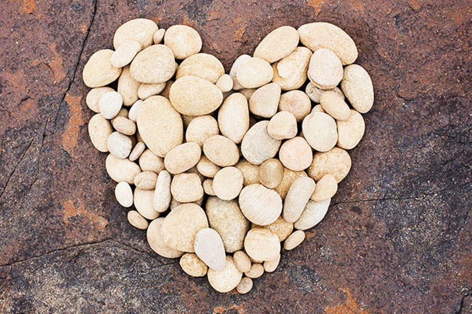 Redewendung: Mir fällt ein Stein vom Herzen