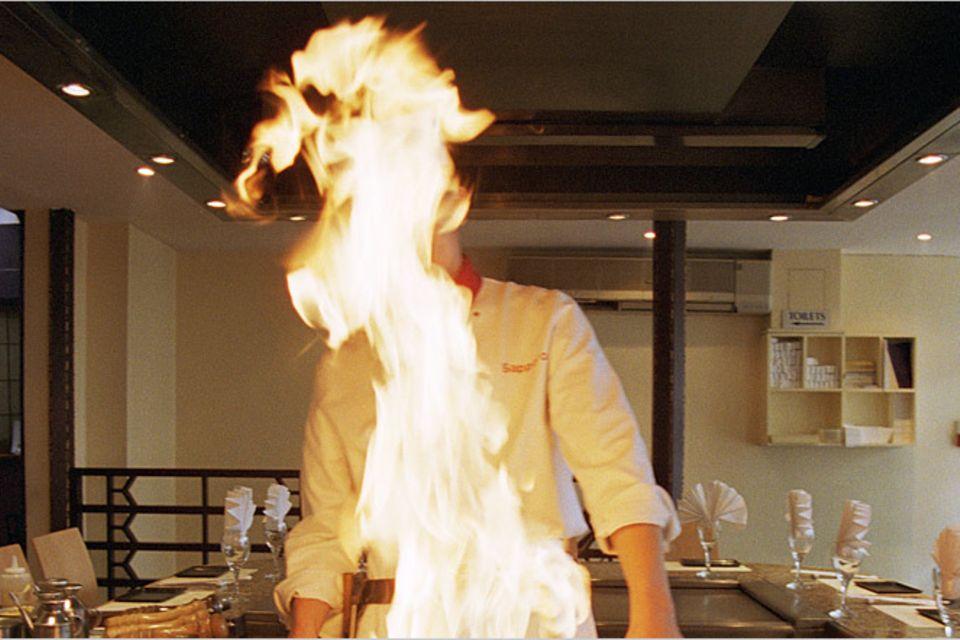 Redewendung: In Teufels Küche kommen