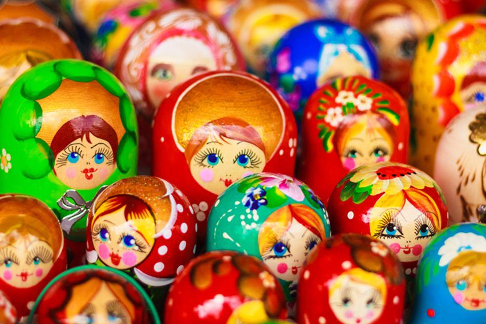 Redewendung: Bis in die Puppen