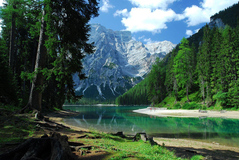 Dolomiten Hoehenweg, Pragser Wildsee