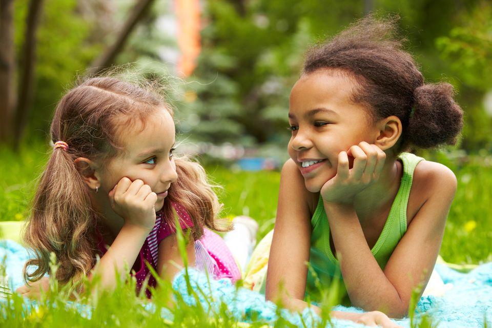 Freundschaft: Für mehr als drei Viertel aller befragten Kinder ist Freundschaft das Wichtigste