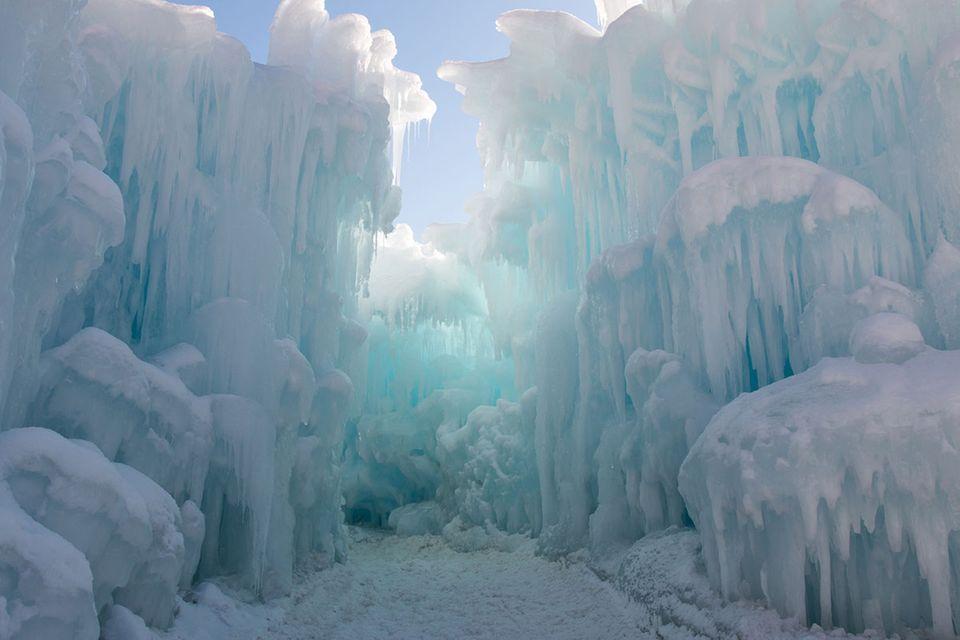 Natürlich kühlen: Wie Schnee beim Stromsparen helfen kann