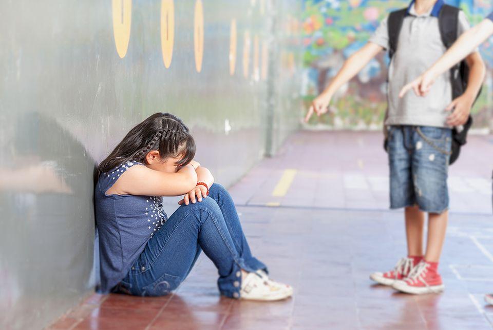 Schulangst: Mobbing in der Schule ist einer der Hauptgründe für Schulangst