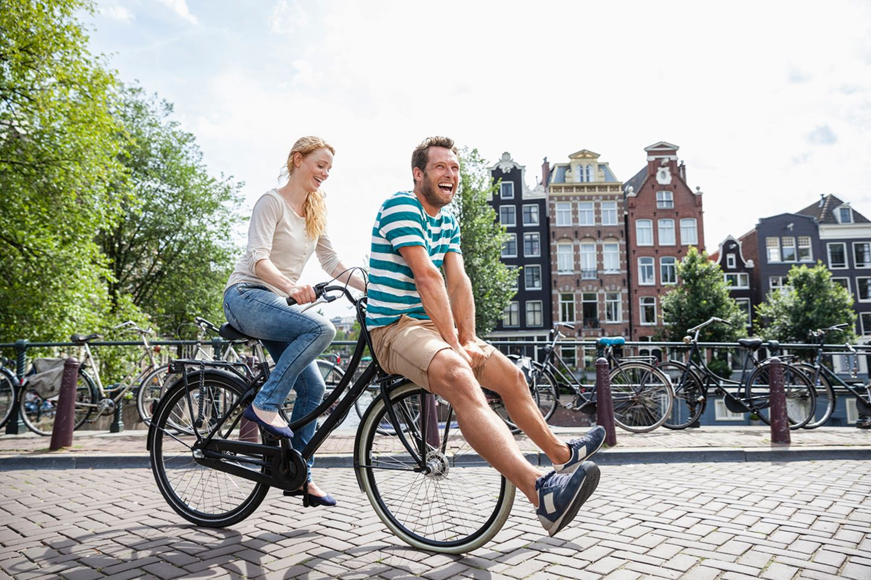 Amsterdam, Reisen