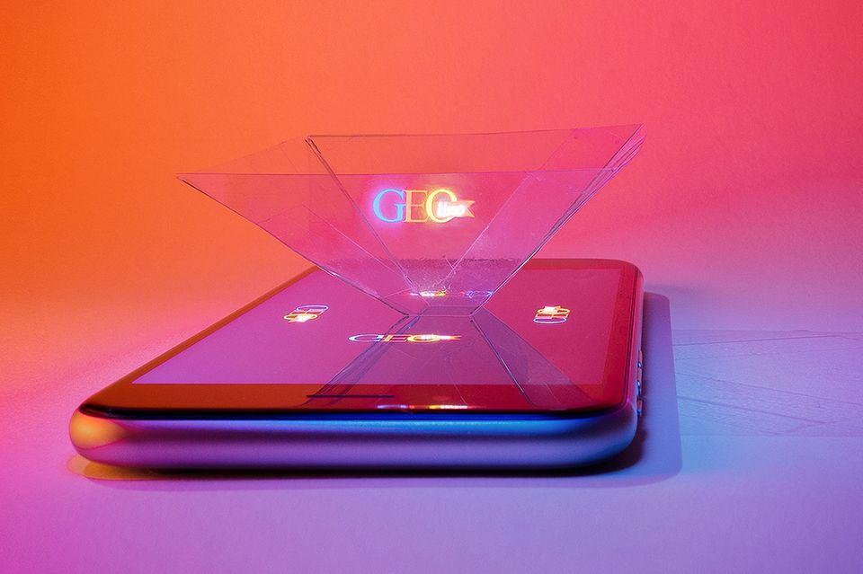 Hologramm Projektor mit einem Smartphone