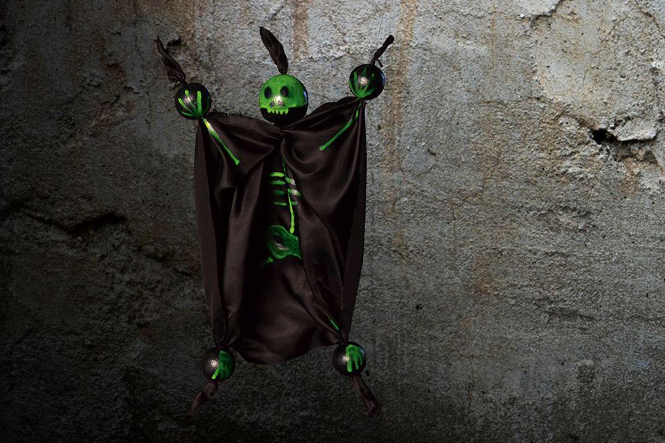 Monster Marionette zu Halloween