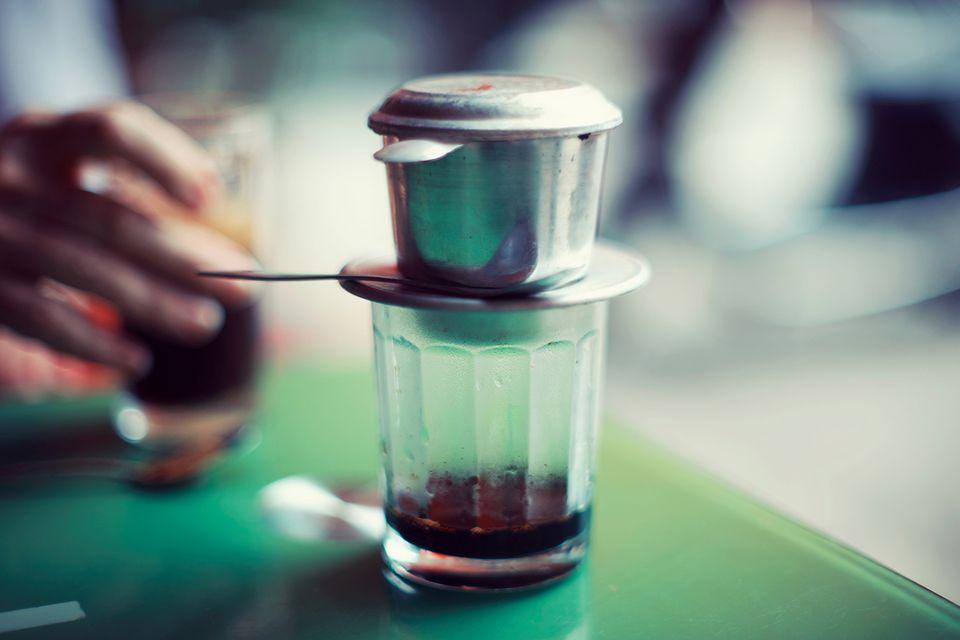 "Vietnam ""Cà phê sữa đá"" Kaffee mit Kondensmilch"