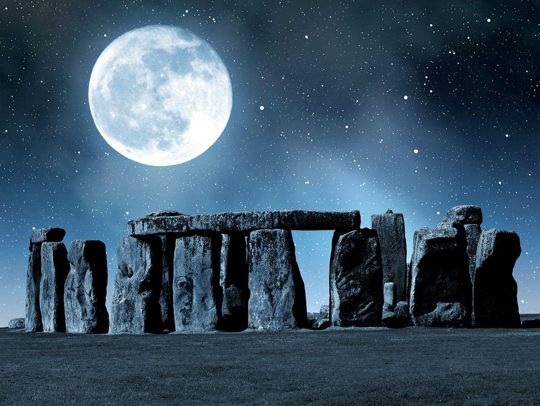 Stonehenge bei Nacht