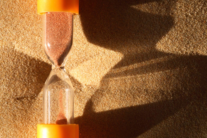 Orangene Sanduhr