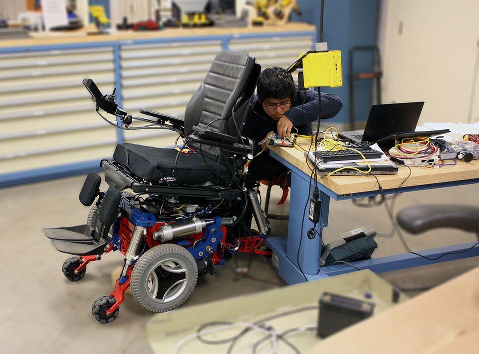 Roboter MeBot, ein Rollstuhlroboter