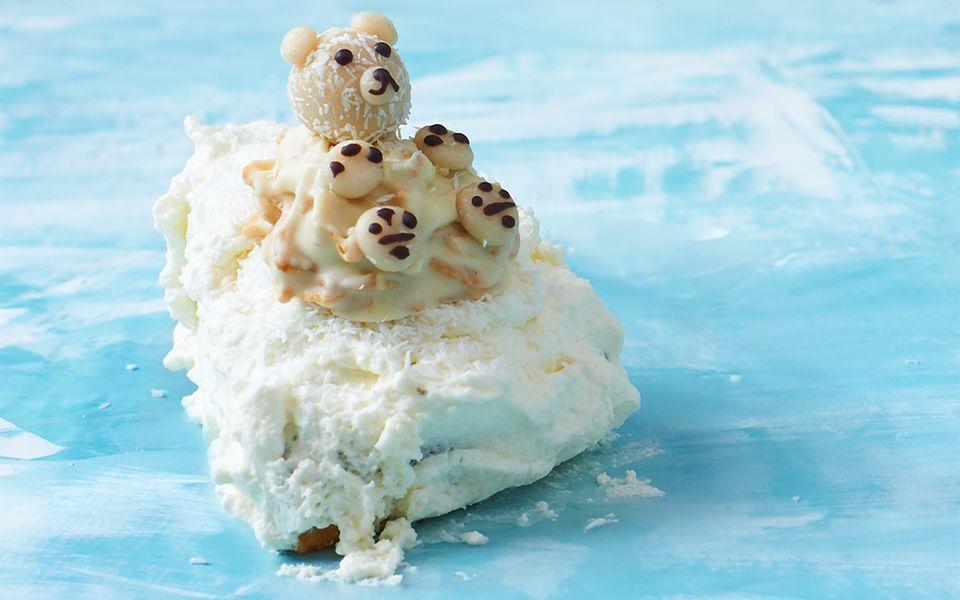 Ein Eisbär aus weisser Schokolade und Kokosraspeln