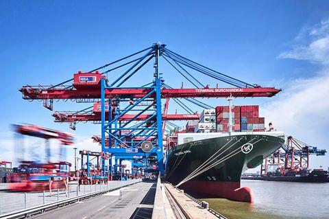 Containerbrücken am HHLA Container Terminal Altenwerder
