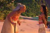 Vaiana spricht mit ihrer Großmutter am Strand