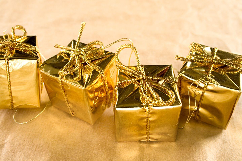 Goldene Geschenke zum Wichteln an Weihnachten