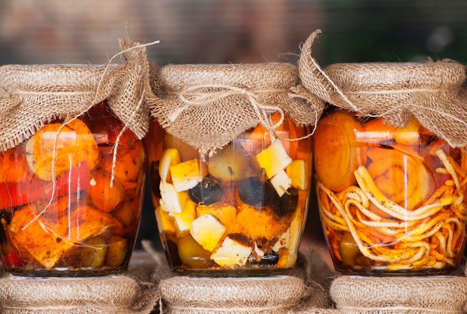 Eingemachte Lebensmittel im Glas