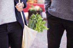 Stofftasche mit Gemüse