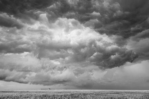 Stürmischer Himmel im Zeitraffer-Video