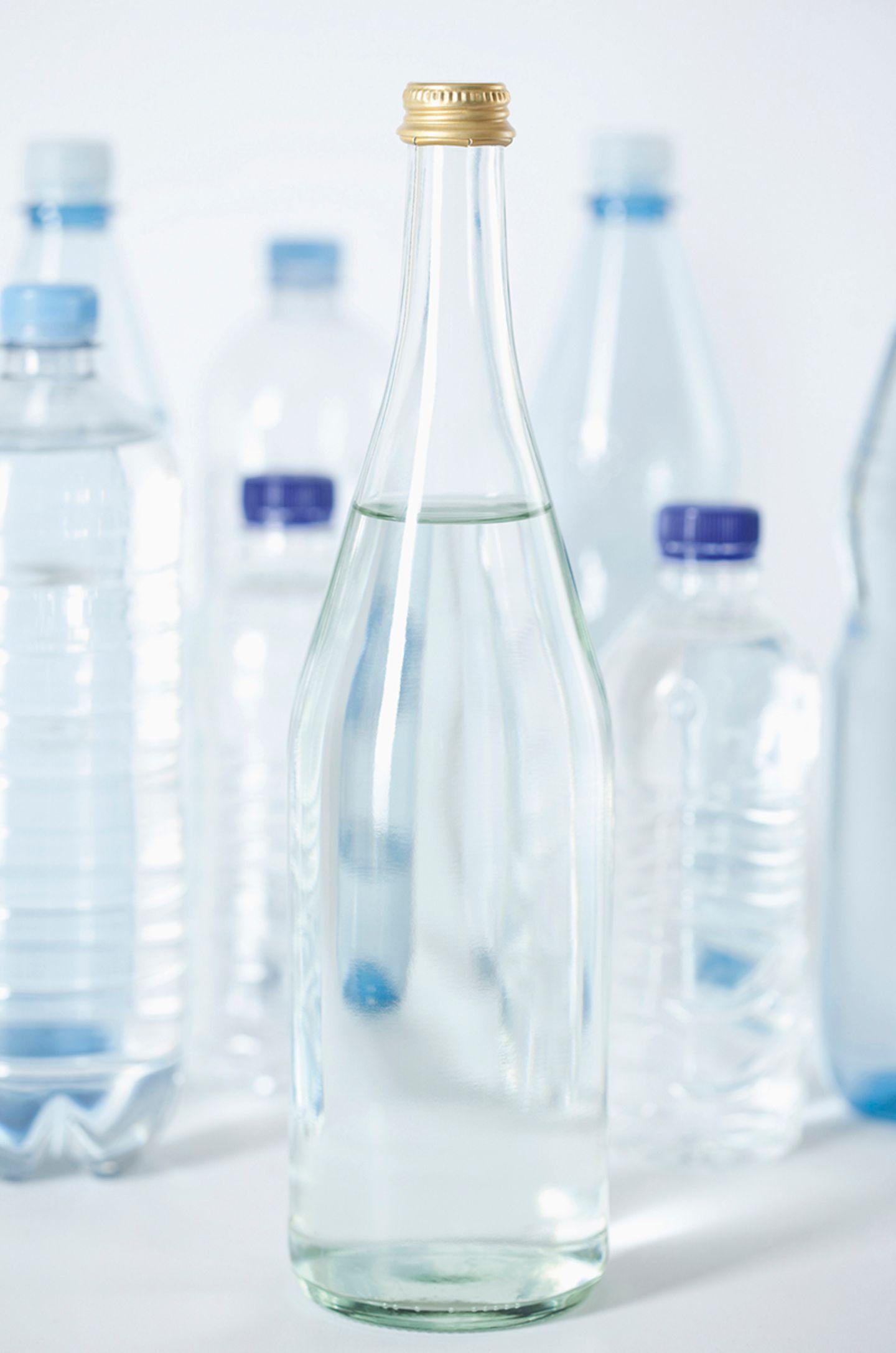 Glasflasche, Plastikflaschen